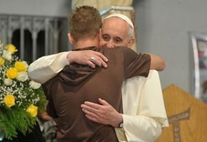 Tomaz Silva / http://upload.wikimedia.org/wikipedia/commons/thumb/c/cb/Pope_Francis_hugs_a_man_in_his_visit_to_a_rehab_hospital.jpg/320px-Pope_Francis_hugs_a_man_in_his_visit_to_a_rehab_hospital.jpg