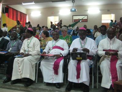 Delegação dos Bispos 3