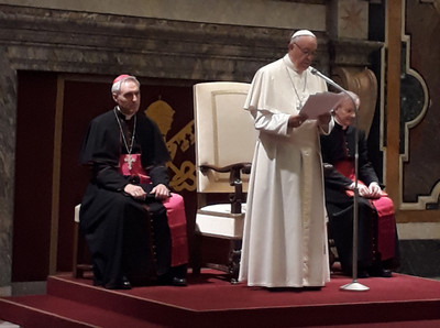 Papa conferência HS Francis